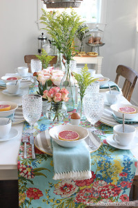 a springtime brunch tablescape