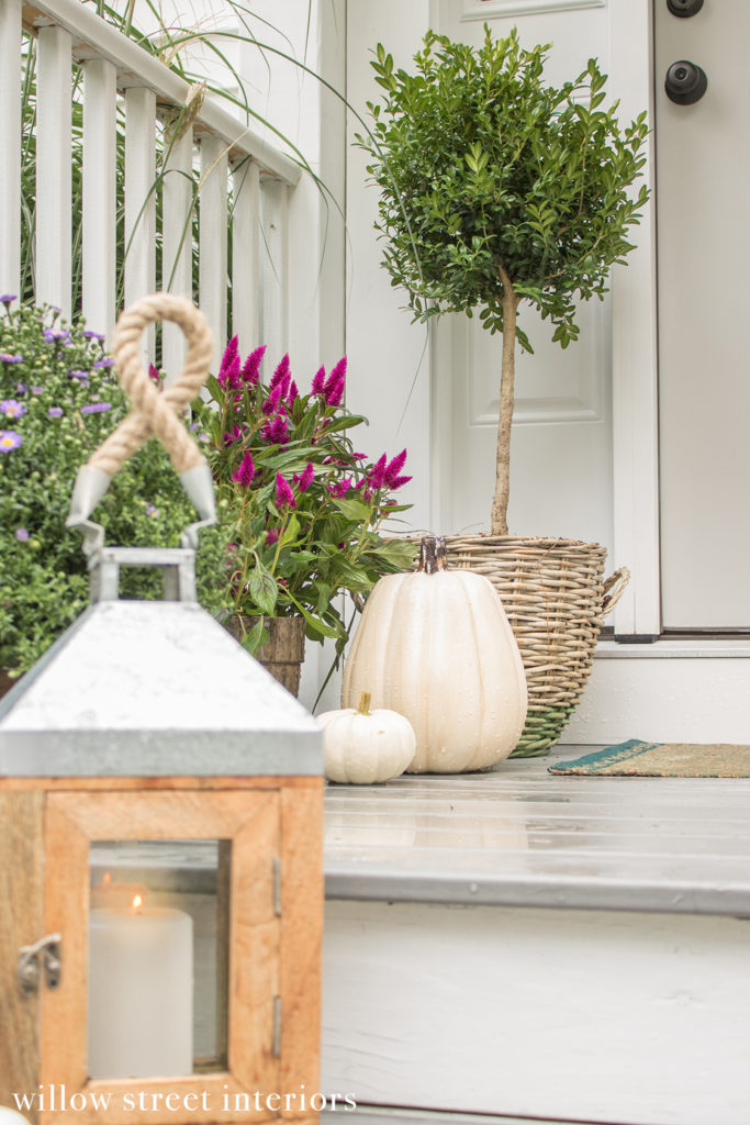 Fall Porch Decorating