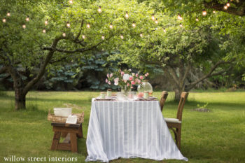 An Alfresco Summer Tablescape Idea